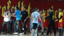 Beşiktaşlı Sporculara Saldırı