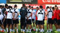 Beşiktaş'a Dev Gözaltı!