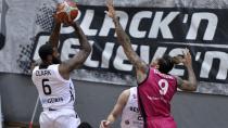 Beşiktaş 95 Telekom Baskets 79
