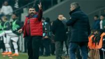 Al Aykut Kocaman'ı Vur Ümit Özat'a!
