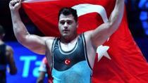 Milli Güreşçimiz Rıza Kayaalp Avrupa Şampiyonu!