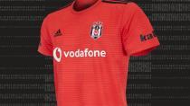 Beşiktaş Adidas'tan Yeni Sezon Forması İçin Açıklama Bekliyor!
