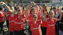 Beşiktaş'tan 10 Bin Cizreli Çocuğa Forma!