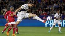 Zlatan Ibrahimovic ABD'de Kaldı!