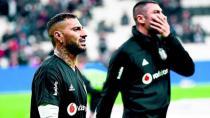 Beşiktaş'ta Burak ve Quaresma Yok!