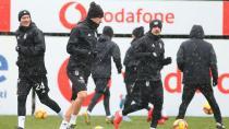 Beşiktaş Kar Yağışı Altında Çalıştı!