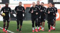 Beşiktaş Sahaya İniyor!