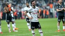 '2 SENE SONRA FUTBOLU BEŞİKTAŞ'TA BIRAK GÖKHAN!'